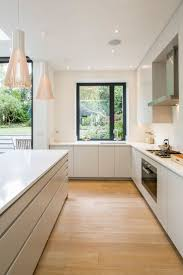 Designer White Kitchens by Best 25 Wooden Kitchen Cabinets Ideas On Pinterest Victorian