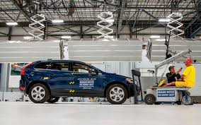 2015 volvo 18 wheeler crash a volvo xc60 takes the iihs u0027 small overlap test motor trend