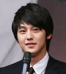 korean hairstyle for men round face best hairstyle photos on