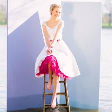 rockabilly brautkleid lola kurzes rockabilly brautkleid mit petticoat und v ausschnitt