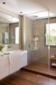 Salle De Bain Sous Pente by 171 Best Salles De Bains Images On Pinterest Bathroom Ideas