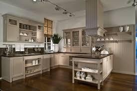 küche landhausstil modern küchen weiss landhausstil modern