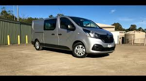 renault trafic 2017 2017 renault trafic crew review youtube