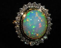 green opal rock how to choose opal jewelry opal auctions
