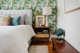 removable wallpaper for renters best removable wallpaper resources for renters apartment therapy