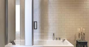 vasca e doccia insieme prezzi vasche da bagno combinate prezzi great bagni con vasca e doccia