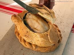 cuisiner un poulet de bresse poulet de bresse en croûte de sel notre recette illustrée