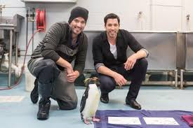 The Property Brothers The Property Brothers Compete Who U0027s Master Of The Master Suite