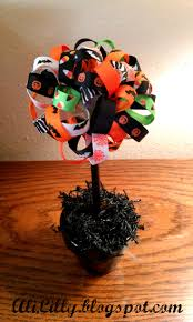 Lighted Topiary Trees 19 Best Halloween Topiary U0026 Trees Images On Pinterest Topiaries