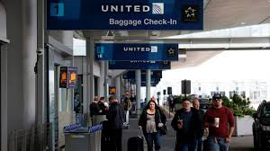 United Airline Baggage by Get Off Or Pay For Another Seat U0027 United Customers Share Their Bad
