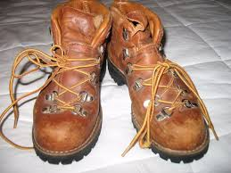 womens hiking boots size 11 best 25 danner hiking boots ideas on danner boots