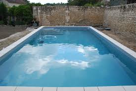 identifying and repairing swimming pool leaks