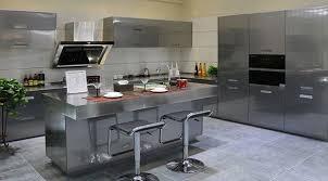 cuisine laqué cuisine laque grise avec ilot swd cuisine design deluxe votre