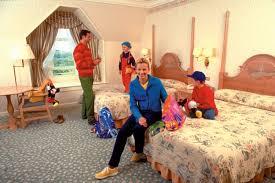 chambre hotel disney disneyland hotel stop n go