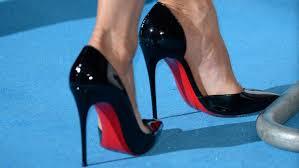 les chaussures louboutin marchent sur un fil juridique le soir plus