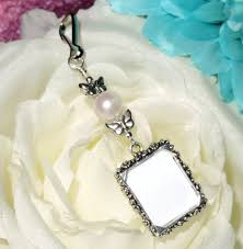 flower girl charms 221 best wedding bouquets flowers charms images on