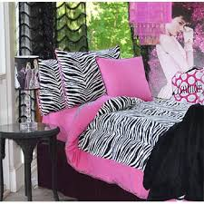 Girls Zebra Bedding by 165 Best Bedroom Design U0027s Images On Pinterest Zebras Zebra