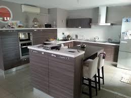 cuisine effet bois cuisine contemporaine à tournefeuille 31770 pose de cuisines