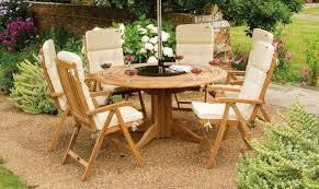 Garden Wood Chairs Nice Simple Design Garden Wood Tables And Chairs That Ca Be Decor