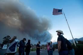 1100 The Flag Ventura County California Wildfire Thomas Fire Explodes To More