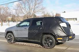 Jeep Spy Shots Elongated Jeep Cherokee Spied What Does It Mean Autoguide Com News