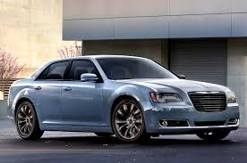 chrysler car why the chrysler 300 should remain rear wheel drive
