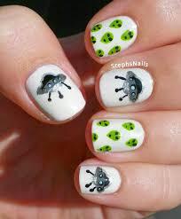 glow in the dark alien nail art renailglam pinterest alien