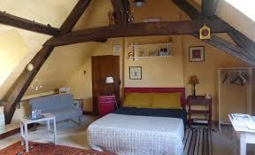 chambre haute l angevine maison d hôtes où dormir organisez votre séjour