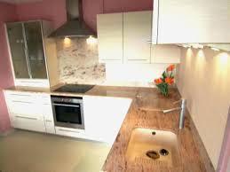 cuisine plan travail bois cuisine blanche plan de travail bois plan travail cuisine