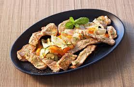 cuisiner avec la plancha minute de veau et de légumes à la plancha recettes de cuisine