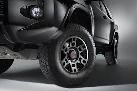 2013 toyota tacoma black rims trd wheels