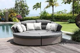 2017 wholesale pe rattan outdoor patio portable round platform sofa