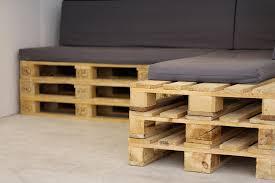 canapé avec palette canapé en palette deco