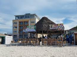 Tiki Hut Paradise Tiki Hut Nassau Restaurant Reviews Phone Number
