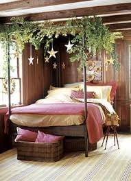 Hanging Christmas Lights In Bedroom by 15 Ways To Hang Christmas Lights In A Bedroom La Maison