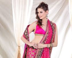 Reception Sarees For Indian Weddings Top Best Indian Hairstyle For Saree
