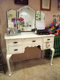 Antique Vanity Mirror White High Gloss Finish Wooden Makeup Table With 5 Drawers And