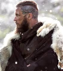 why did ragnor cut his hair vikings travis fimmel history doesn t have to be sexy but it