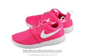 rosch runs nike womens roshe run hyper pink white 69 00 nike roshe run pink