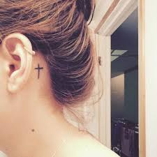 30 gorgeous ear tattoos ideas and designs for girls blogrope