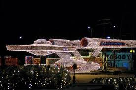 curiosities uss enterprise in christmas lights