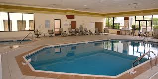 pigeon forge hotel tn inn express suites near dollywood
