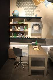Desk For Kids Room by How To Choose A Kids U0027 Desk That U0027s Both Fun And Practical
