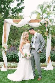 Wedding Arch Kent The 25 Best Simple Wedding Arch Ideas On Pinterest Rustic
