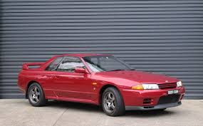 nissan gtr r32 for sale records smashed at shannons sydney sale shannons club
