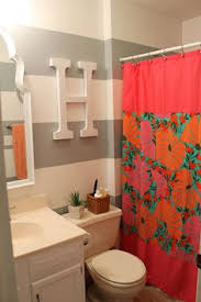 Dorm Bathroom Ideas Colors Dorm Bathroom Love The Wall Color What Where Are You Allowed To