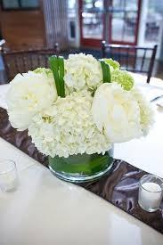 White Floral Arrangements Centerpieces by Best 25 White Hydrangea Centerpieces Ideas On Pinterest