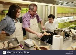 ecole de cuisine ecole de cuisine alain ducasse stock photos ecole de cuisine alain