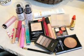 makeup essentials subscribe to every college