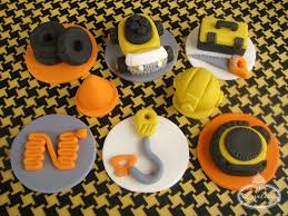 construction cake toppers five tips to give your fondant toppers that personal touch